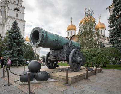 申请俄罗斯工作签证对照片有哪些要求?